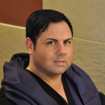 cincinnati-oh-hair-stylist-Phillip-Pierce.jpg